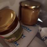 Honiggläser in der Tiefkühlung bei - 18 °C